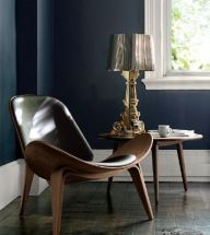 Smiling Chair combination with Kartell Bourgie lamp